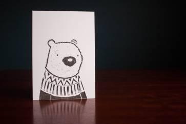 black-white-bear-print